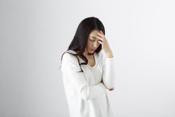 妊娠初期症状の頭痛